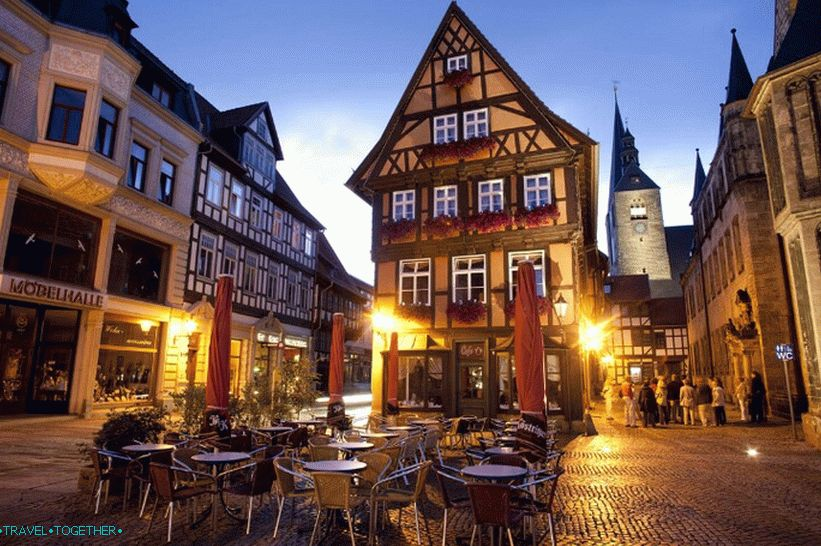 Street restaurant in Quedlinburg