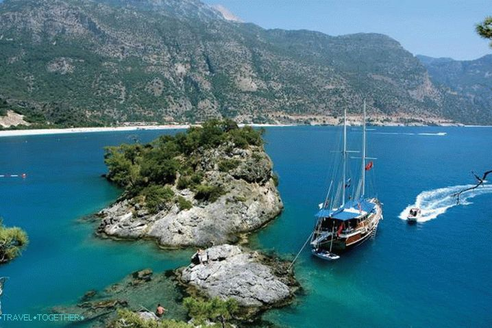 Kemer, the picturesque bay