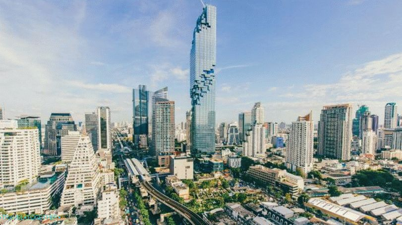 Bangkok viewing platforms - MahaNakhon skyscraper