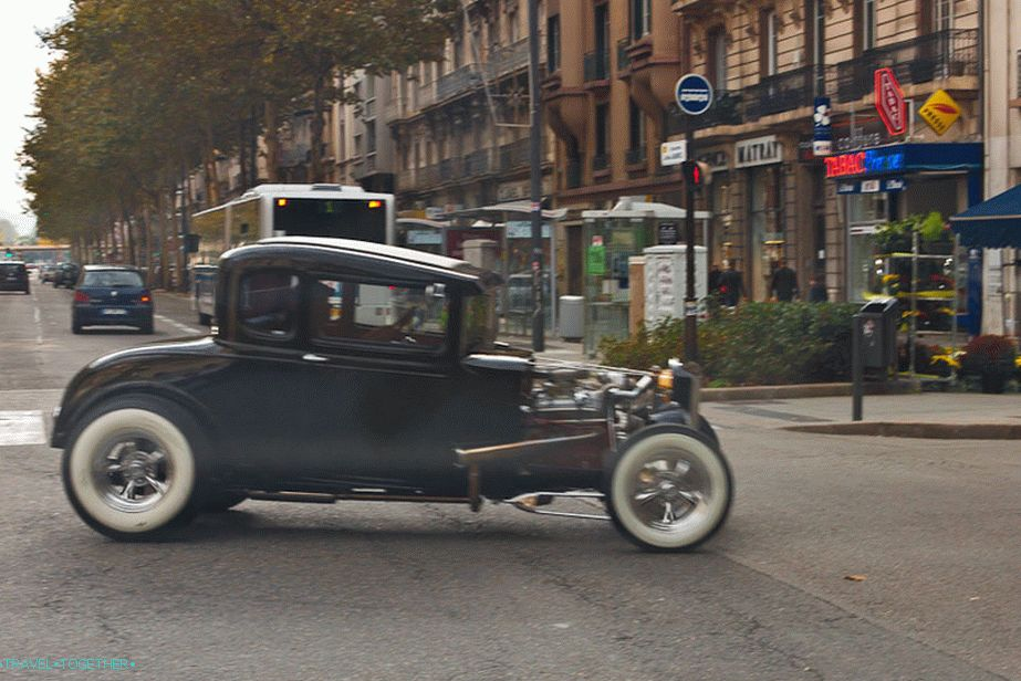 These are the rarities driving through the streets of France